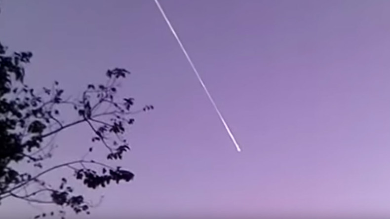 New year, new UFOs: Stargazers capture mysterious objects in January skies (VIDEOS)