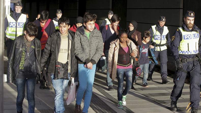 Domino effect: Sweden, Denmark introduce border checks to handle refugee flow