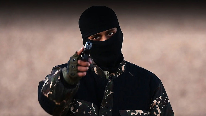 Border bungle? Islamists linked to ISIS executioner allowed to escape Britain