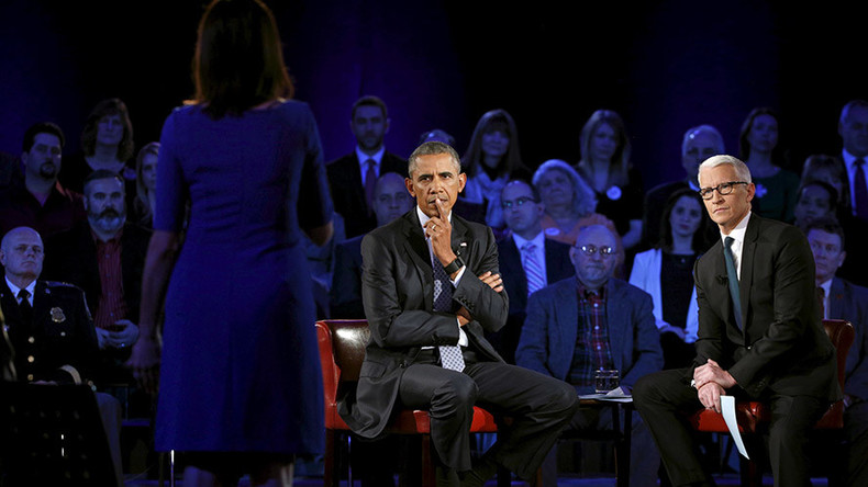 Obama earns kudos, but gun debate remains entrenched after Q&A