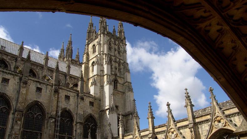 Faith no more: Church of England attendance plummets