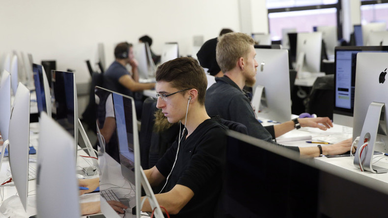 Employers have right to snoop on workers' private online messages, Euro court rules