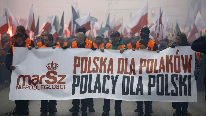Polish towns torpedo plans for refugee centers