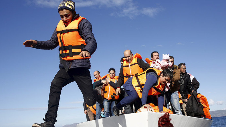 17 children among 42 drowned after refugee boats sink off Greek coast