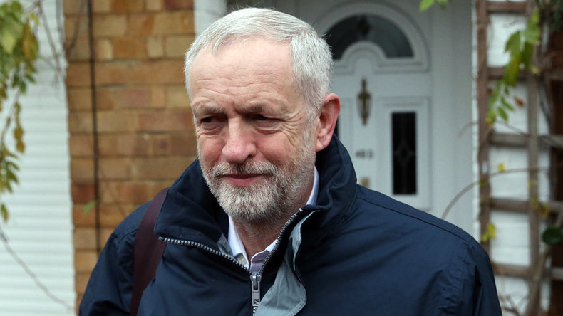 Corbyn: UK govt 'not doing enough' on migrant crisis