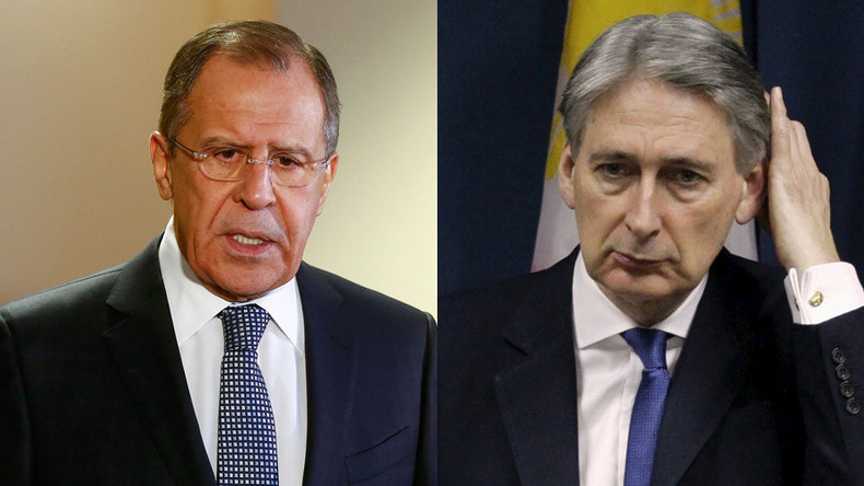 Syria peace talks: Hammond courts opposition, Lavrov warns of 'irrelevant conditions'
