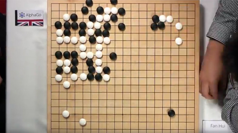 Google-powered AI finally beats human champion in ancient Chinese game Go