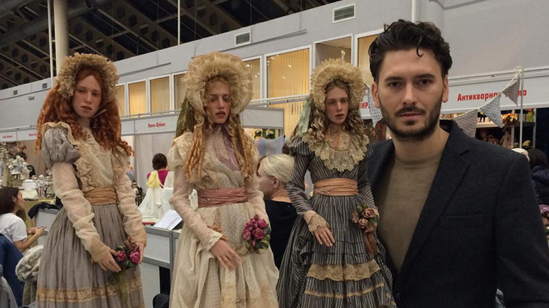 'Eerily realistic': Russian sculptor shares the secret of his finely crafted dolls