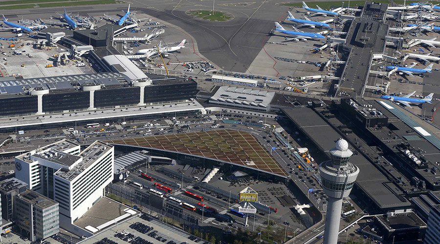 Amsterdam's Schiphol airport briefly evacuated after 'bomb' threat