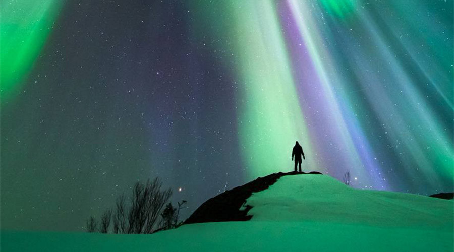 Spectacular Northern Lights outshine NYE fireworks (PHOTOS)