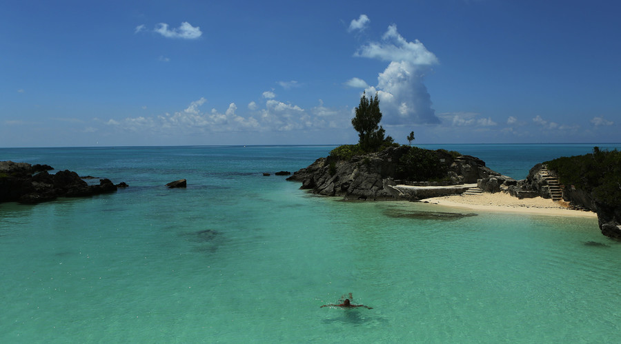 Bermuda Triangle: Where the wealthiest make their money mysteriously disappear