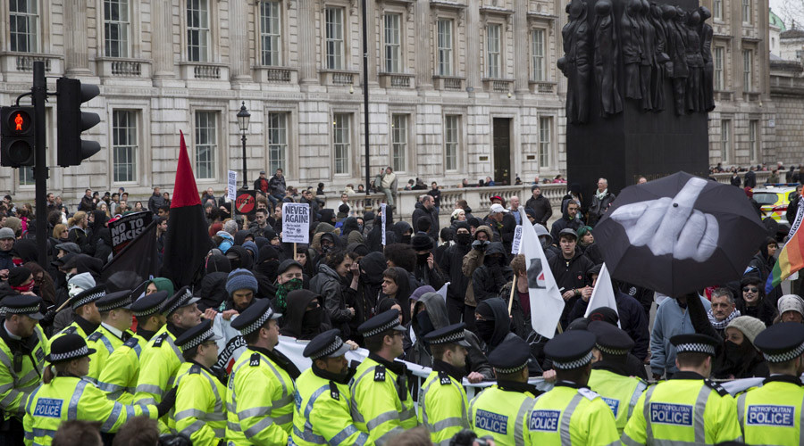 Pegida UK unveils new ultranationalist leader