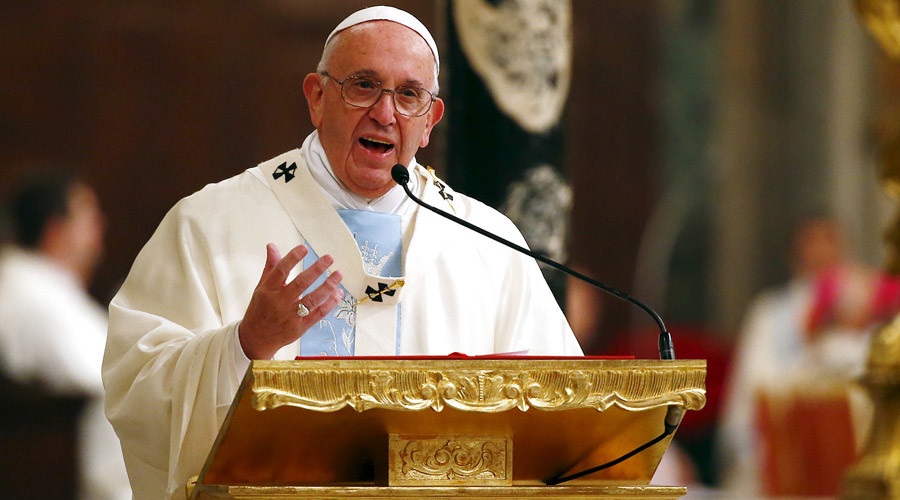 Tourist promises Pope Francis 'lots of tequila' ahead of Mexico visit (VIDEO)
