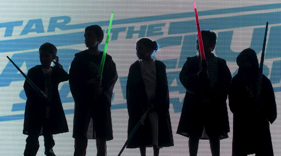 First time Star Wars viewers, kids react to Luke's shocking father reveal (VIDEOS)