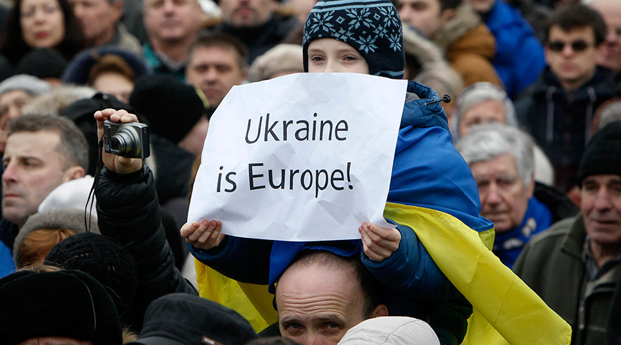 'Pro-Russian' Polish MEP scares Ukraine team away from Kiev-EU summit