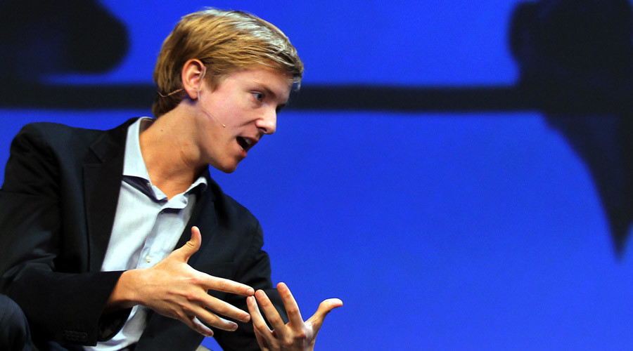 Facebook co-founder to sell liberal mag New Republic