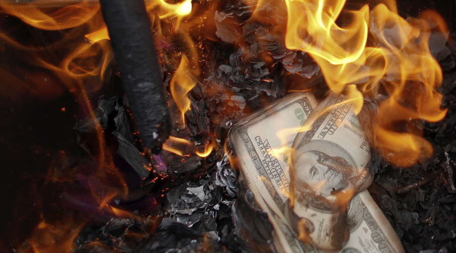 Money shot: US bombs ISIS cash store, destroying millions of dollars
