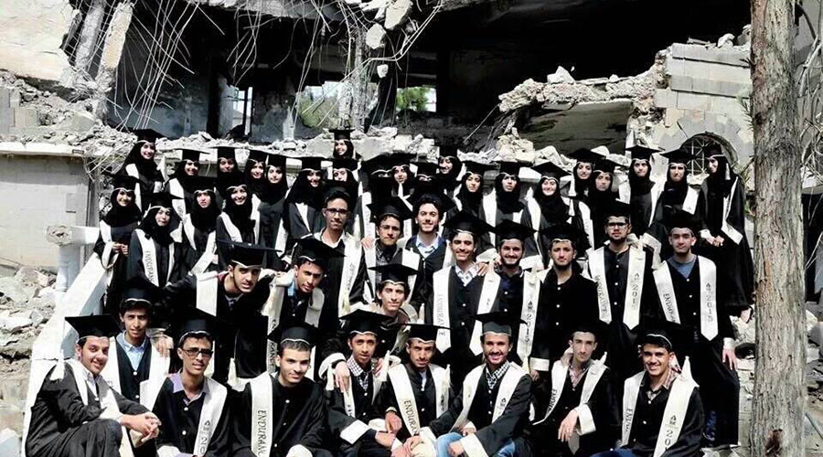 Class of Endurance: Yemen students graduation pic at building bombed by Saudis