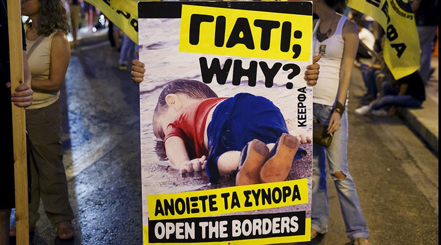 Charlie Hebdo: Inciting backward racist thinking amid EU migrant crisis