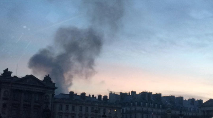 'Huge' fire at historic Ritz Hotel in Paris