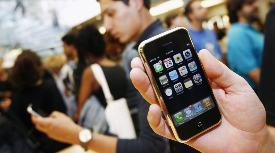 Mod-pods: Music fans ditch streaming services for old iPods