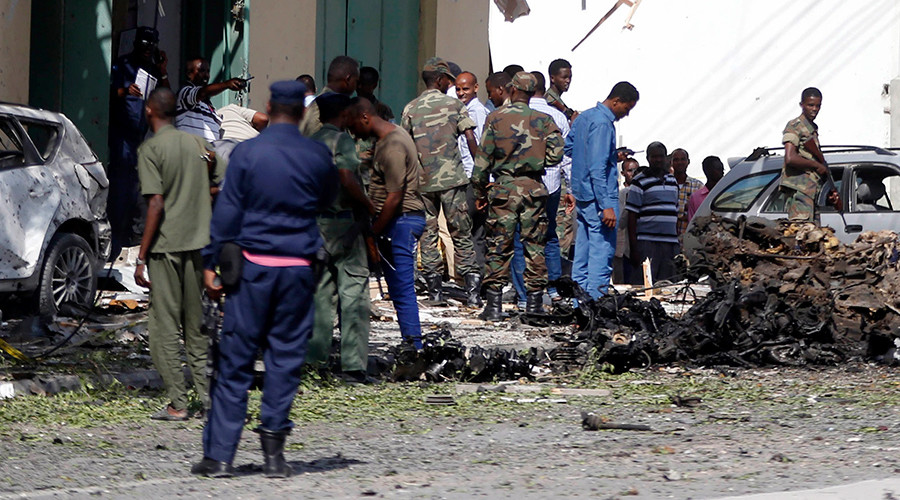 At least 20 killed in attack on beach restaurant in Somali capital