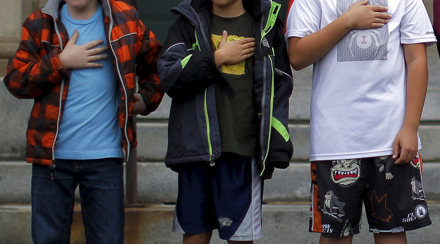 Schoolboy pledges allegiance to ISIS instead of American flag; DHS starts investigation