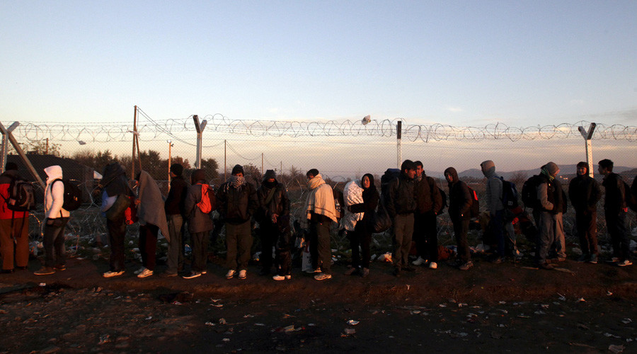 Hungary's PM urges building of fence on Bulgarian, Macedonian borders with Greece