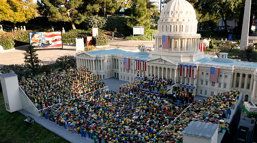 Build your dreams: Legoland seeks model makers with 'experience'