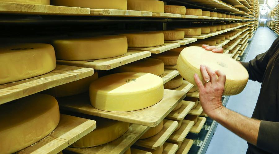 Cheese heists: $160,000 worth of cheese stolen in Wisconsin