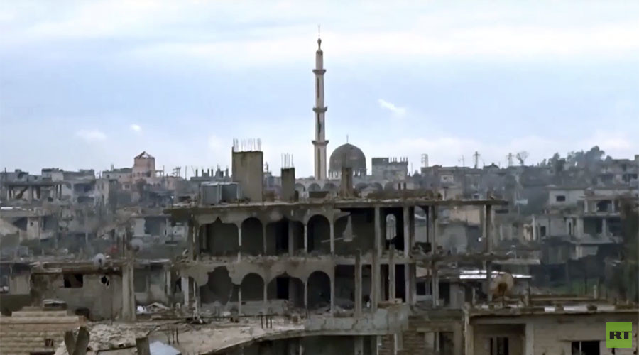 Apocalyptic scenes of strategic town in southern Syria retaken from jihadists (VIDEO)