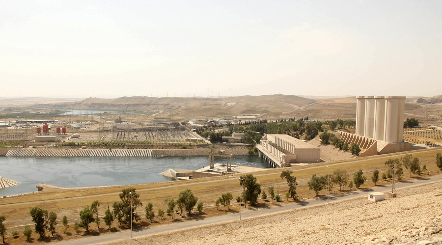 Iraq's biggest dam on verge of 'catastrophic collapse' – US commander