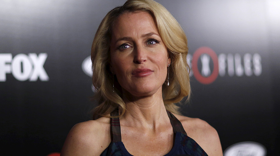 Gillian Anderson on 'The X-Files' Reboot, All-White Oscar Noms, & (Not) Kissing Jamie Dornan