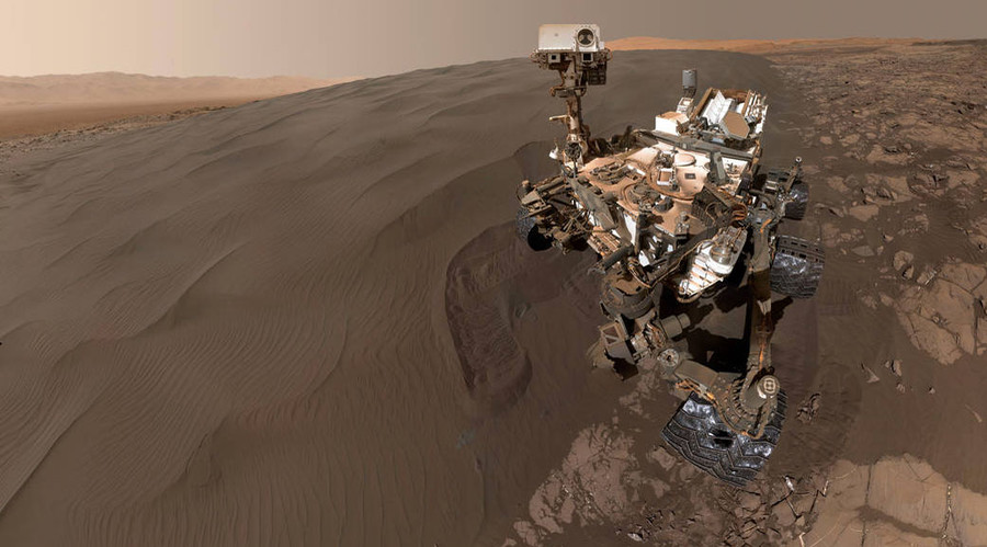 NASA Curiosity rover snaps selfies on Martian sand dune (PHOTOS)