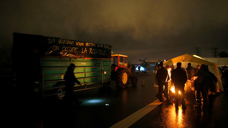 20,000 protest forceful evictions, block roads at Nantes airport construction site (VIDEO)