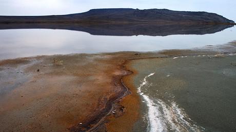 Koyashskoe lake and mount Opuk in the Opuk nature reserve in Crimea, Russia. © Sergey Malgavko