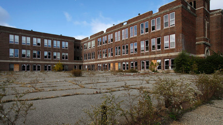 Teachers in Detroit on 'sickout' strike against crumbling, pest-ridden schools