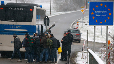 Austria suspends Schengen agreement, steps up border control, tells EU to sort out migrant crisis