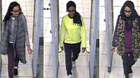 A combination of handout CCTV pictures shows (L-R) British teenagers Kadiza Sultana, Amira Abase and Shamima Begum passing through security barriers at Gatwick Airport, south of London, on February 17, 2015. © AFP / Metropolitan Police