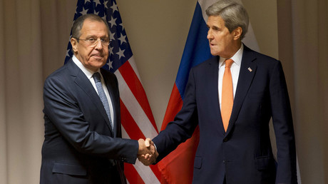 U.S. Secretary of State John Kerry shakes hands with Russian Foreign Minister Sergey Lavrov before their meeting on Syria, in Zurich, Switzerland, January 20, 2016. © Jacquelyn Martin