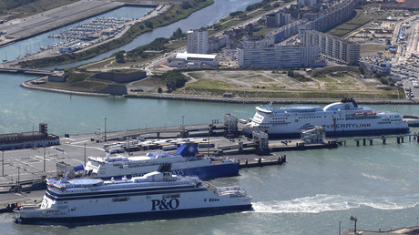 An aerial view shows a P&O ferry (front) and a MyFerryLink car and passenger ferry (back) in the harbour of Calais, northern France © Pascal Rossignol