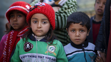 Cameron refuses to accept 3,000 refugee children from Europe