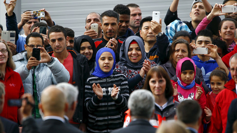 Germany to cut benefits to refugees who don't integrate – labor minister