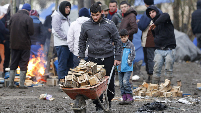 Demolishing Calais 'Jungle' camp breaches human right to a home – petition
