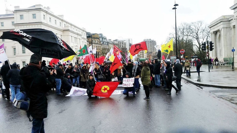 Kurds block Hyde Park Corner to protest Turkish airstrikes