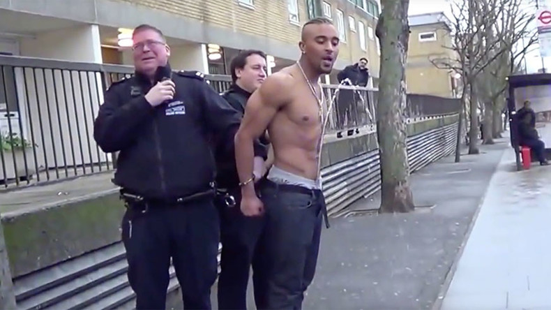 Urine trouble now: Londoner creates wee fountain during arrest by cops (VIDEO)