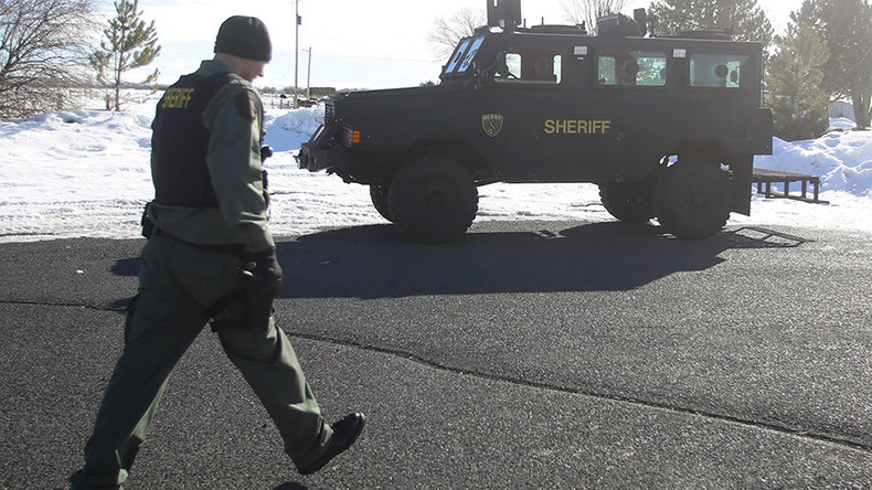 Oregon standoff activists left booby traps in wildlife building – report