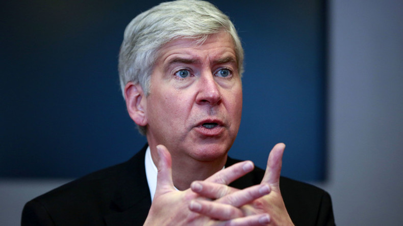 Snyder will testify to Congress over Flint water crisis, releases 20,000 emails