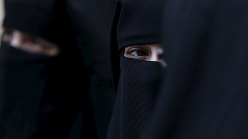 More TV: UK court gets advice for Muslim teen to avoid becoming 'jihadist bride'