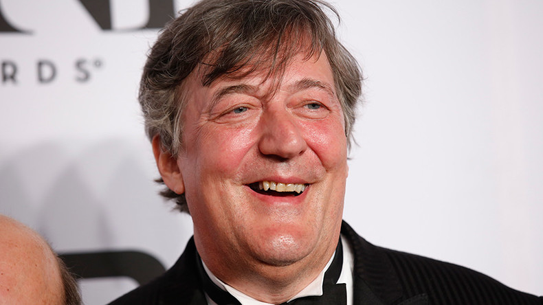 Stephen Fry dumps Twitter over BAFTA 'bag lady' bust-up